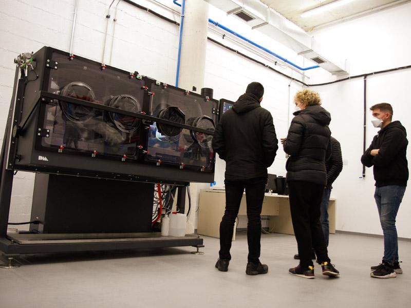 El centro tecnológico Ceit, miembro de Basque Research and Technology Alliance (BRTA), ha dado un paso adelante en sus capacidades en fabricación avanzada tras adquirir la primera máquina de impresión 3D Desktop Metal Production SystemTM [P-1] de España